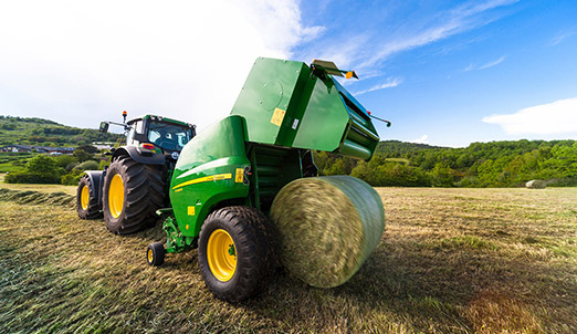 John Deere tractor baler automation2 The Future of Hay Farming: John Deere Tractor Baler Automation