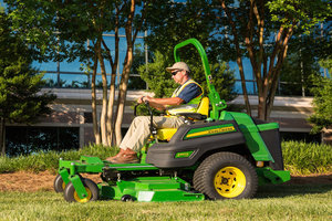 With a Final Tier 4 diesel engine, the Z997R provides customers with a large zero-turn mower in all conditions.