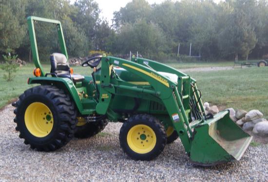Screenshot1 Tackling Tough Farming and Ranching Jobs with the John Deere 790