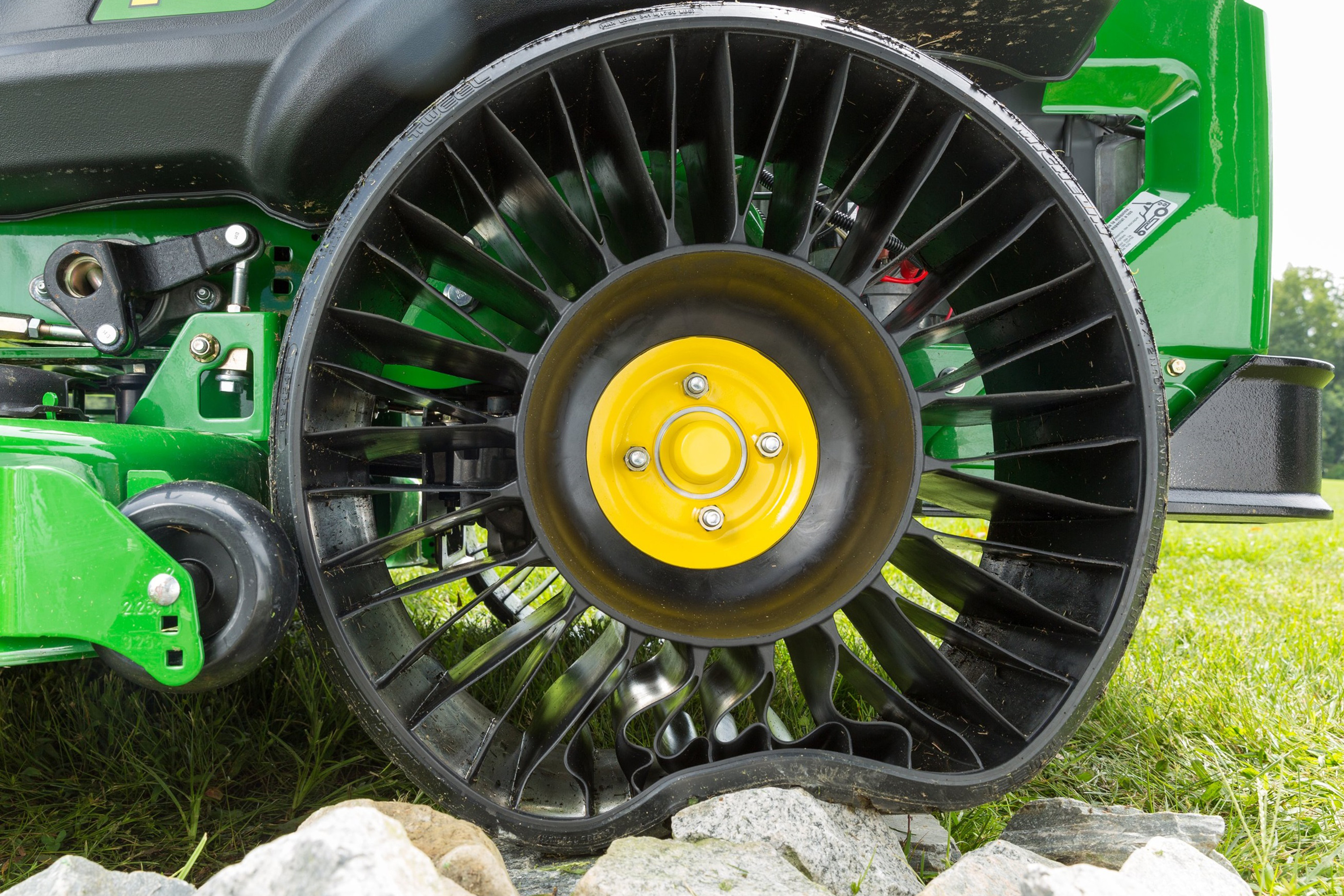 John Deere Tractor Tyre : John deere innovation revolutionary products from