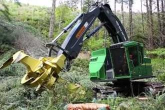 video-gallery-john-deere-m-series-forestry-equipment-grand-debut