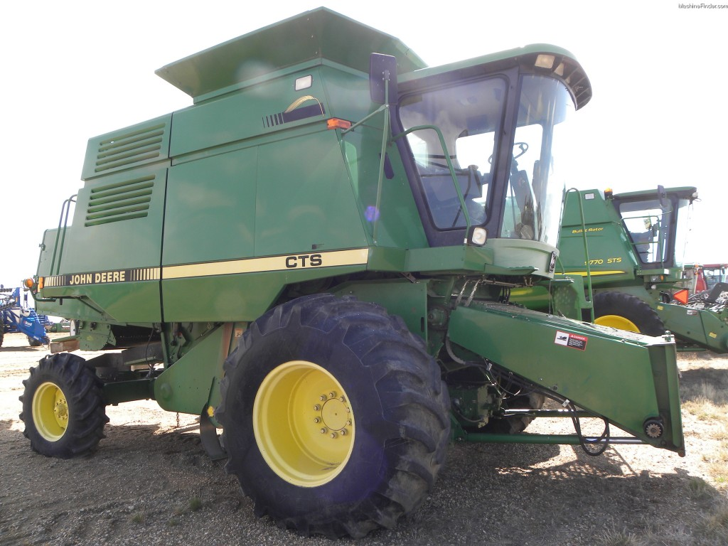 15 Features that make the John Deere CTS Combine a ...