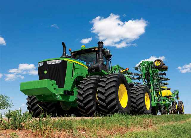 Four Engine Tractor : Sizing up the largest john deere tractor to date r