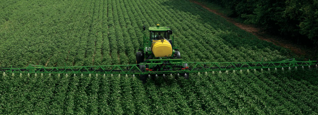 Addressing Small Field Needs with the R4023 Sprayer