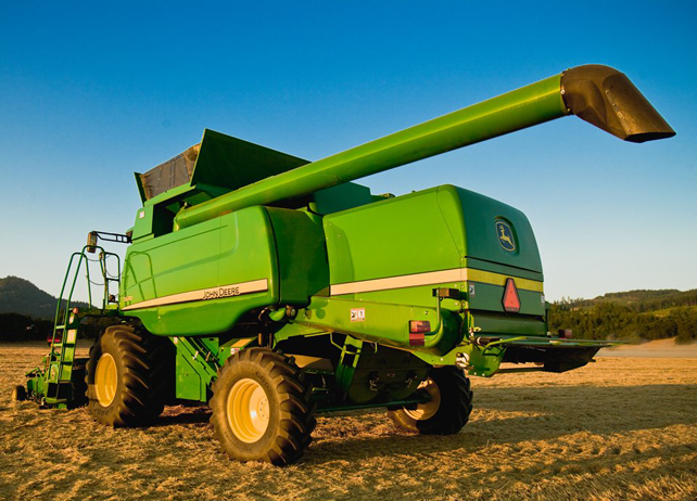 John Deere Gators >> John Deere Combine Models: A Visual Guide