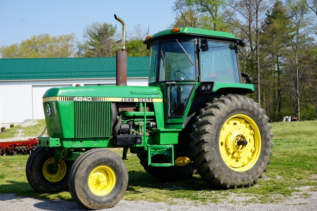 This tractor sold for $32,000 on a 6/13/15 farm auction in