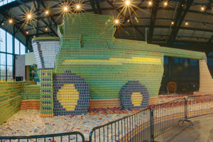 The John Deere tractor on display at the 2015 Missouri State Fair will be similar to Deere's 2011 record-breaking canned food combine.