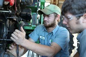 John Deere dealers from across the Southeast region show continued support of the John Deere TECH program.
