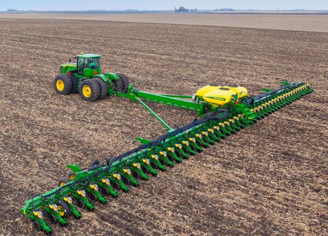 Showcasing The John Deere Db120 Deere S Largest Planter Yet