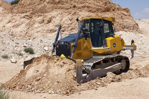The John Deere 850K Crawler Dozer was one of three Deere products to receive a 2016 Red Dot Award.