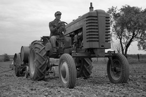 John Deere has been manufacturing tractors for a century. 2018 will be filled with a series of events to celebrate production history.