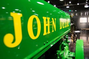 Neil Dahlstrom will be discussing the 20th century tractor industry from the perspective of John Deere.