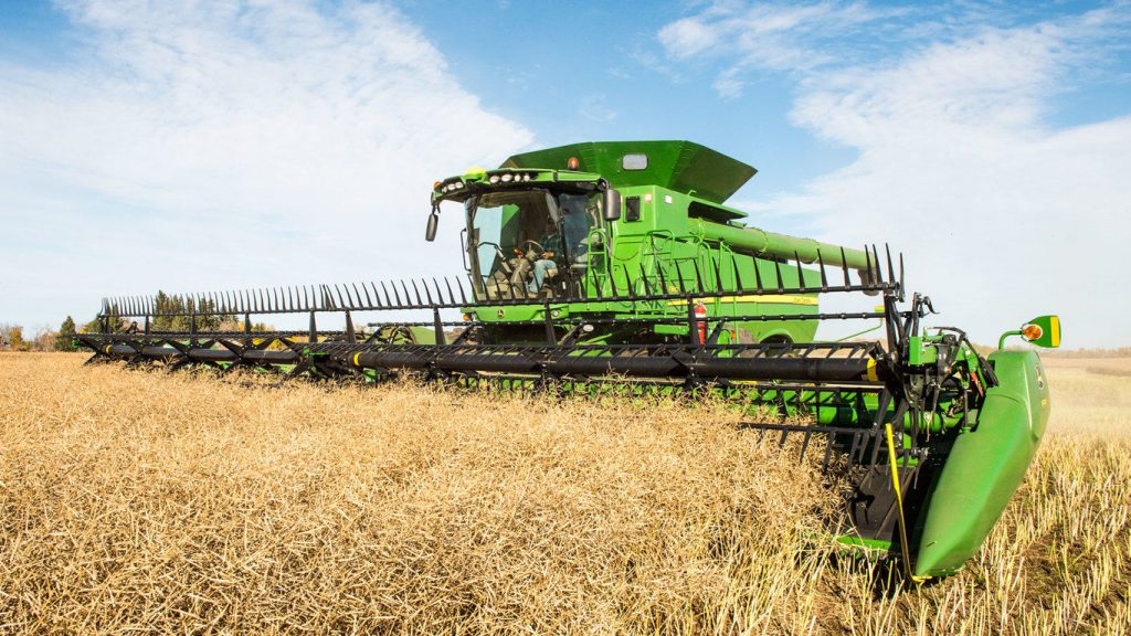 John Deere Combine Threshing