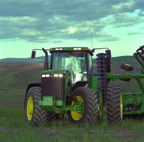 John Deere 8000 Tractor