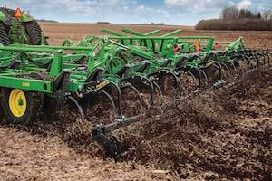 When making tillage decisions at the end of the harvest season, producers should consider different factors, including soil condition and management.