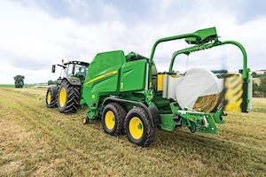 The C451R and C461R Combination Round Balers are designed to provide high quality, more uniform forage, with less waste.
